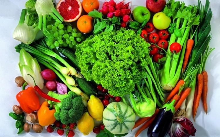 vegetarisches Essen Obst und Gemüse gesunde Ernährung