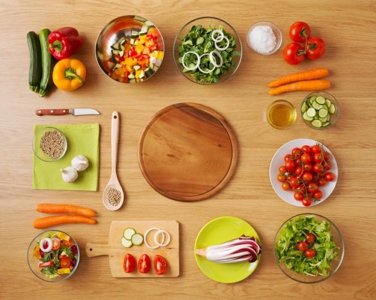 vegetarisches Essen und gesunde Ernährung Lebensmittel