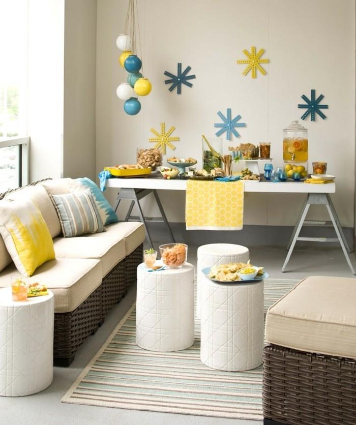 wände dekorieren farbige wanddeko kleines wohnzimmer gestalten
