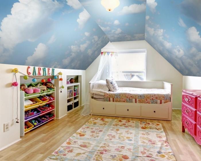 wandmalerei kinderzimmer wolken schöne zimmerdecke teppich