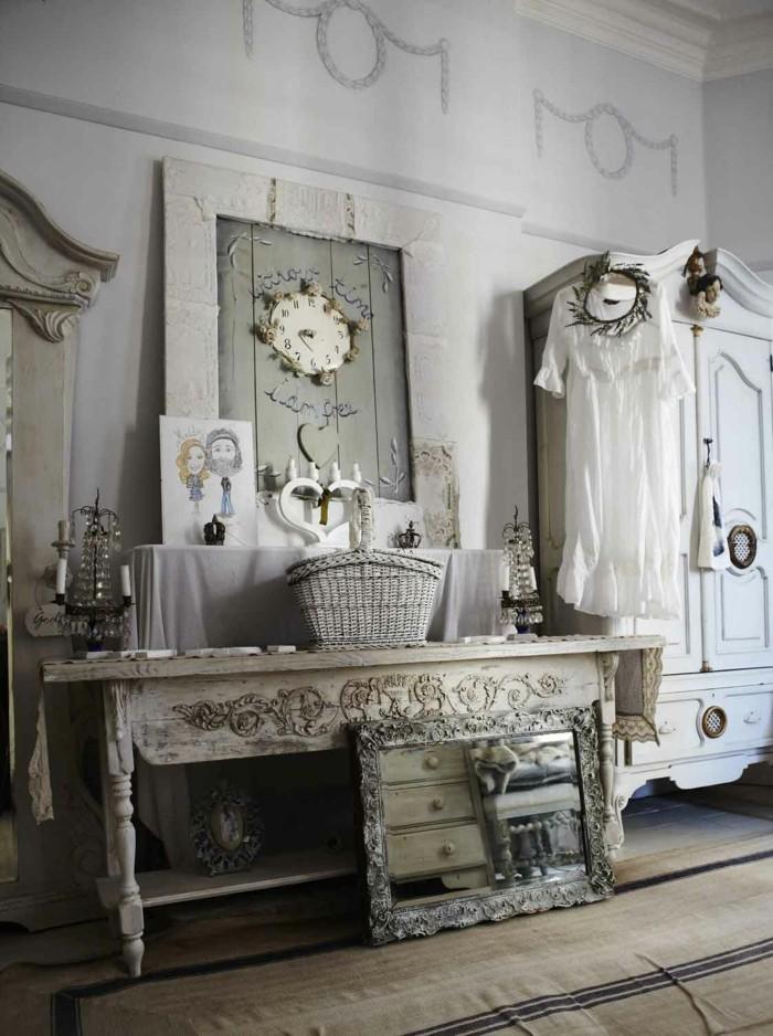 wanduhr vintage schlafzimmer gestaltung kleiderschrank