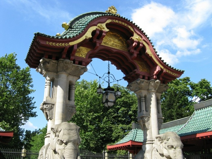 weltreise planen zoologischer garten berliner zoo eingang