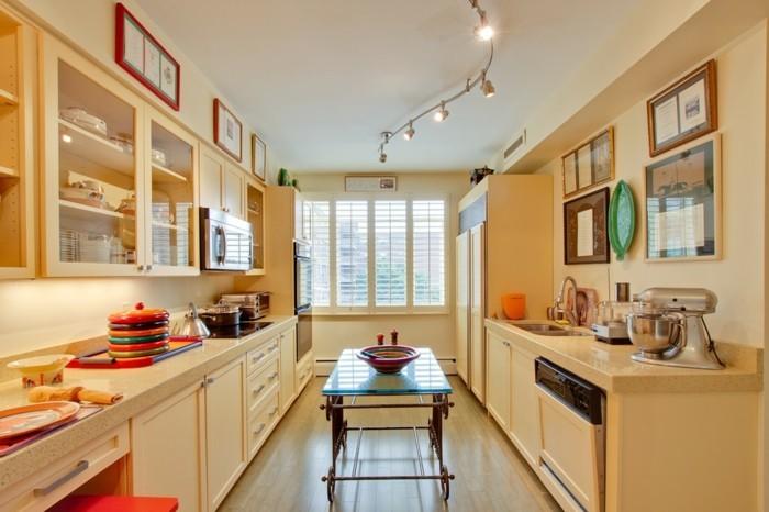 wohnideen küche creme farbgestaltung farbige akzente