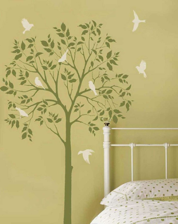 wohnideen kinderzimmer baum vögel wandmalerei