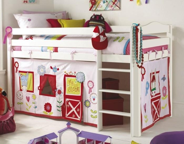 wohnideen kinderzimmer kinderspielbett mädchen helle wände