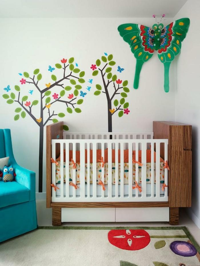 wohnideen kinderzimmer wandmalerei bäume babyzimmer einrichten ideen