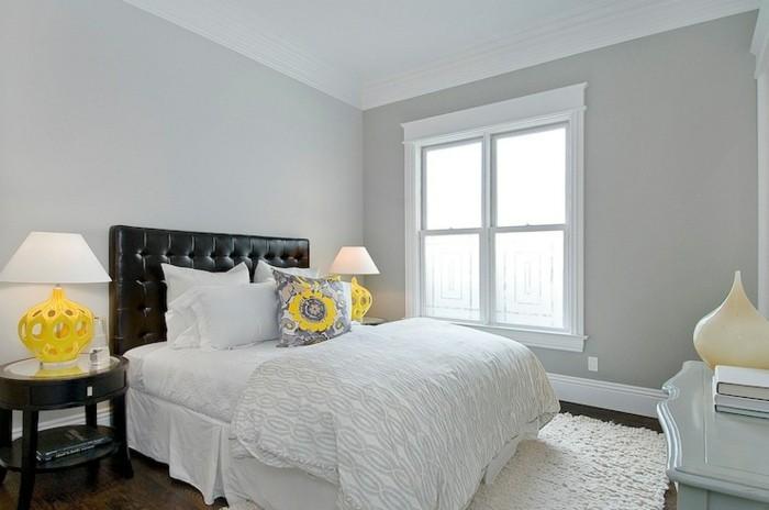 wohnideen schlafzimmer gelbe akzente hellgraue wände weißer teppich