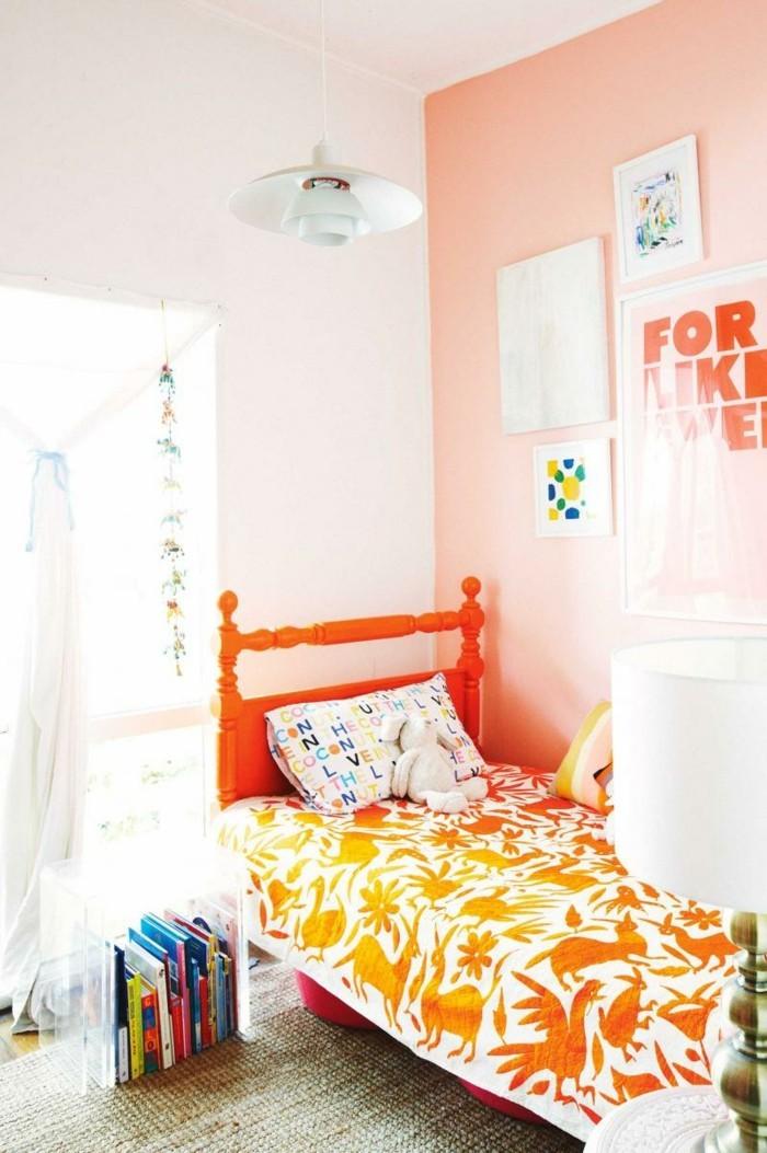 wohnung dekorieren dekoideen schlafzimmer bücher boden