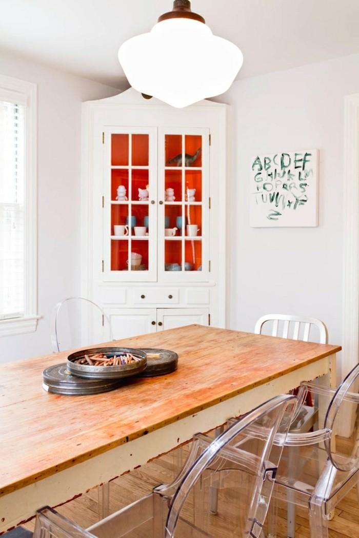 wohnungseinrichtung esszimmer einrichten landhausstil esstisch weiße vitrine
