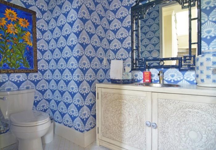 Bad neu gestalten farbe ins badezimmer bringen - Badezimmer blau ...