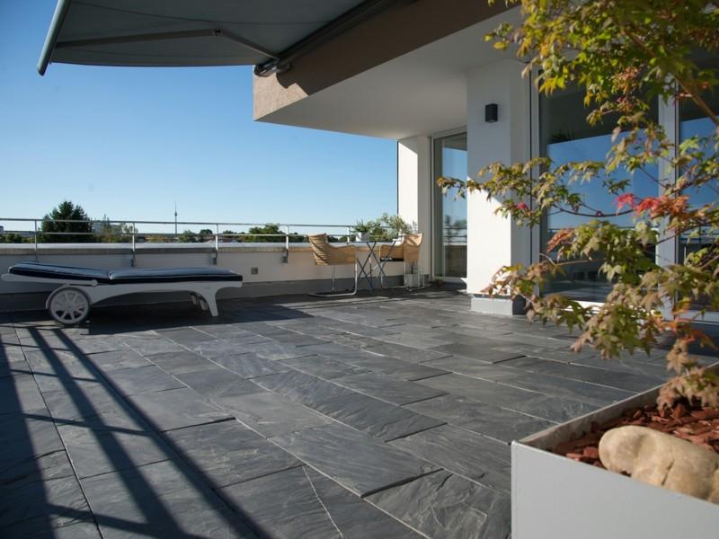 gestaltungsideen-zum-leben-mit-naturstein-betonfliesen