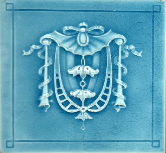 majolika keramik italien exponat hangemacht muster minton