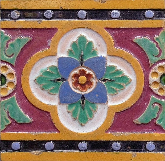 majolika keramik italien exponat hangemacht muster traditional aussen