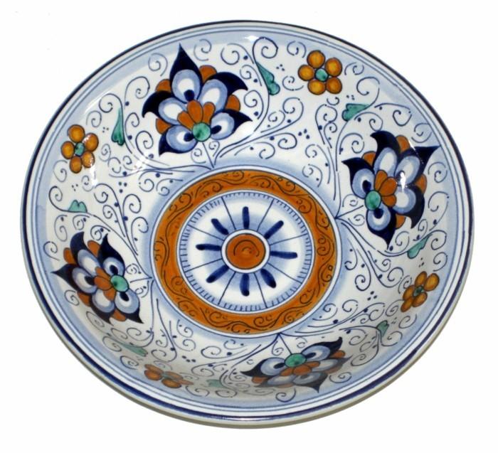 majolika keramik italien exponat hangemacht muster traditional