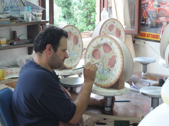 majolika keramik italien exponat hangemacht