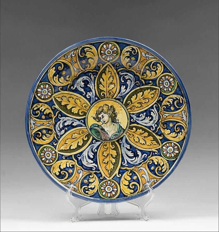 majolika keramik italien exponat