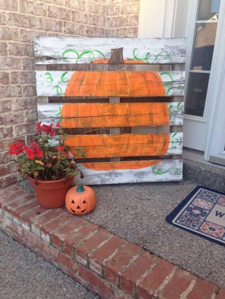 Paletten kaufen und herbstdeko daraus schaffen deko ideen - Herbstdeko kurbis ...