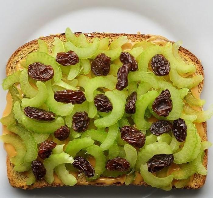 frühstücksideen frühstücksideen avokado gesund brot basilikum sellerie