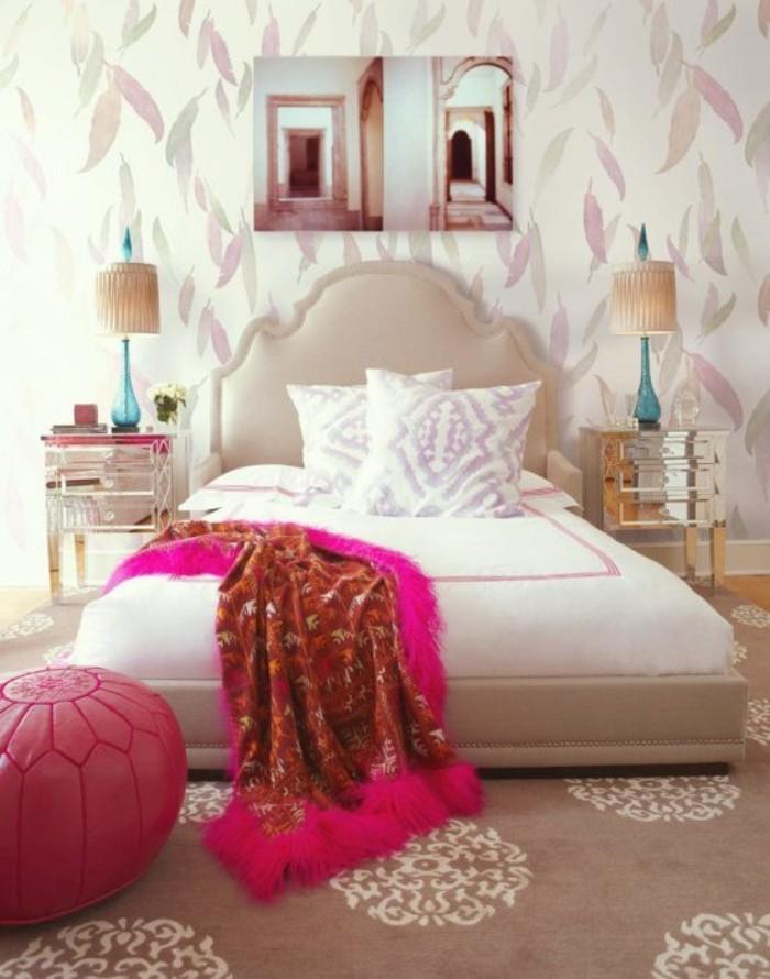 dekoideenwohnungeinrichtungsideen schlafzimmer einrichten bett lederpouf mustertapeten