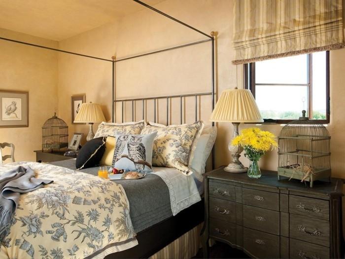 einrichtung landhausstil französischer stil schlafzimmer florale muster