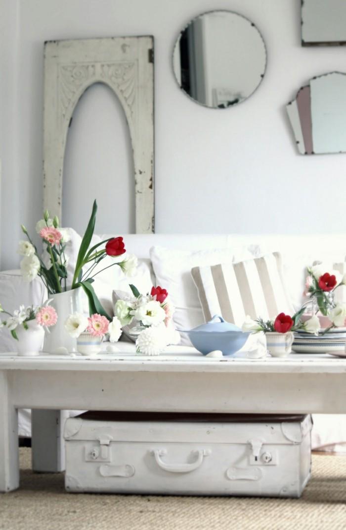 einrichtungsideen vintage blumendeko weiße wände