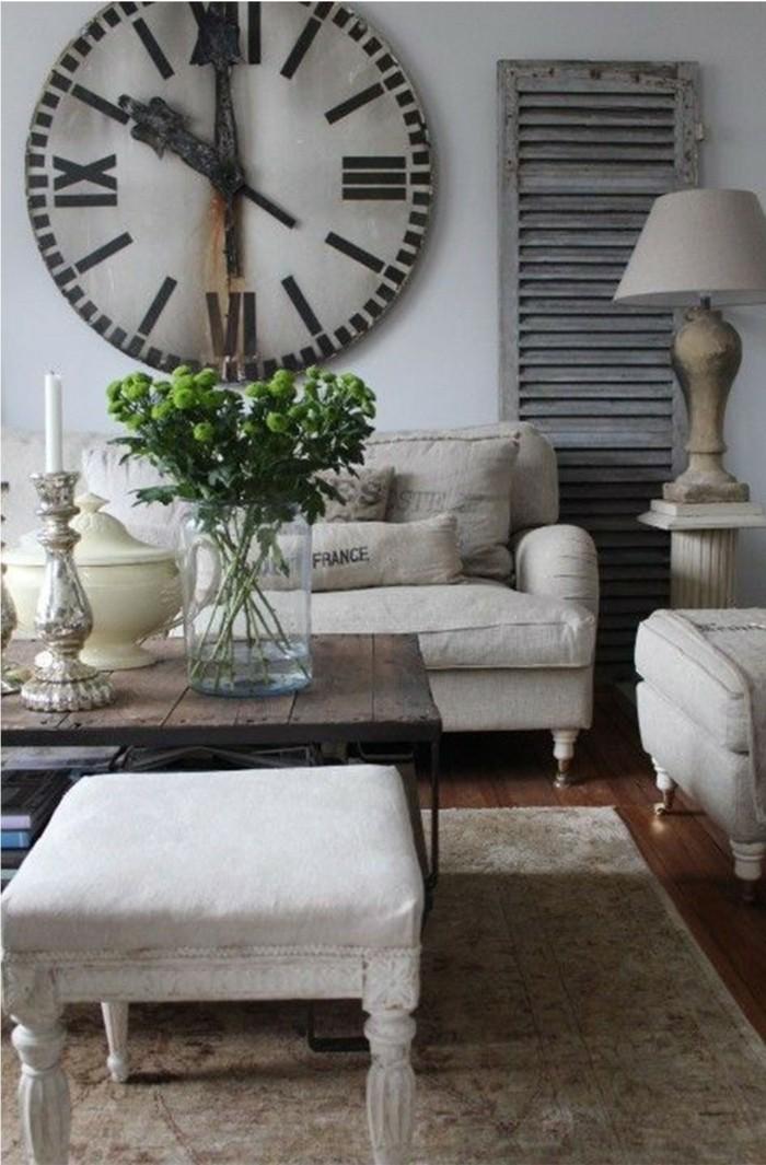 einrichtungsideen vintage stil weiße wände wanduhr