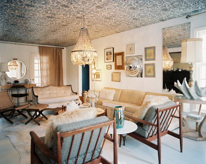 einrichtungsideen wohnzimmer schöne zimmerdecke vintage stil kronleuchter