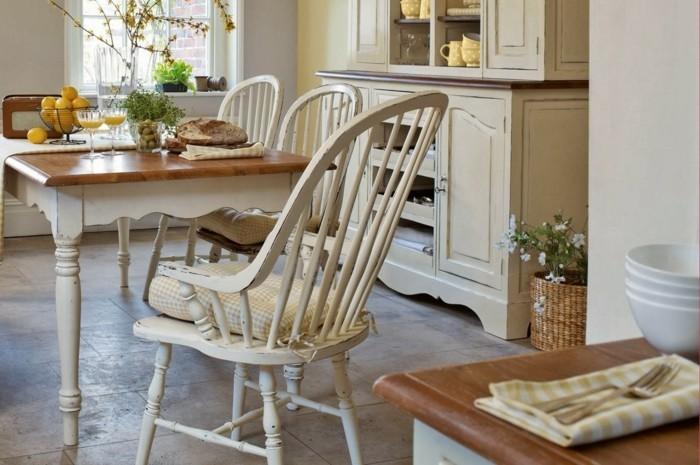 englischer landhausstil esszimmer kucheneinrichtung holzstuhle esstisch