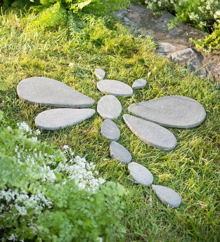 gartenideen dekoideen steine blumen gras