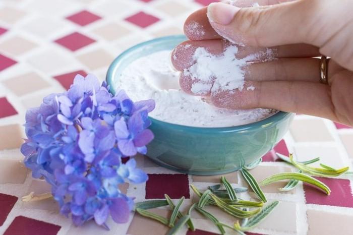 haushalt tipps rosmarin lavendel reinigungsmittel schöner duft