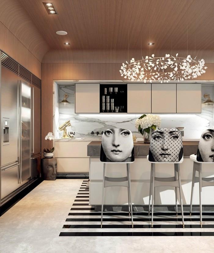 innendesign essbereich küche streifenteppich art deco ausgefallene barhocker