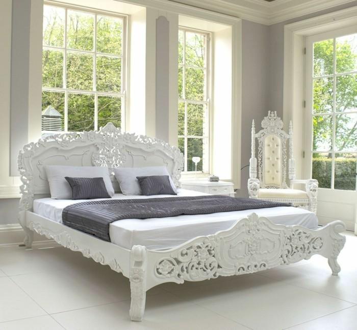 innendesign ideen schlafzimmer rokoko stil bett weiße bodenfliesen