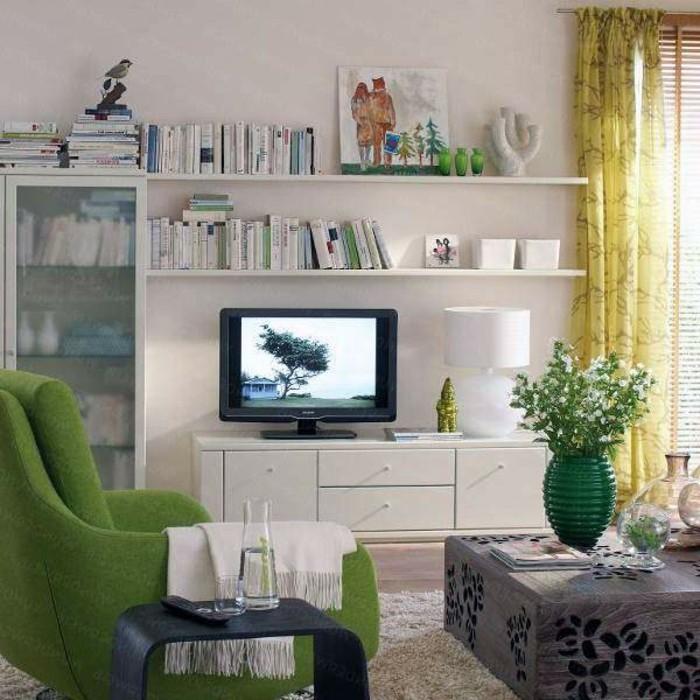 inneneinrichtung wohnideen wohnzimmer grüner sessel gelbe gardinen