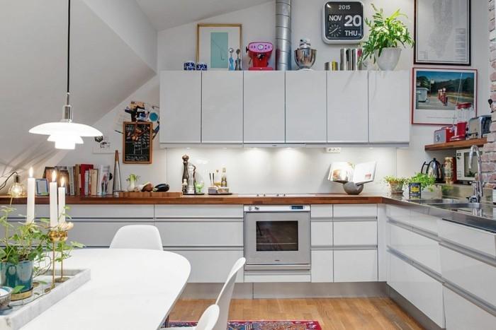 Dachgeschosswohnung kücheneinrichtung mansarde dachschräge deko ideen küche10