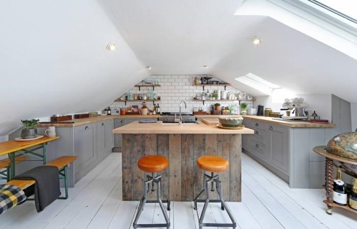 Dachgeschosswohnung kücheneinrichtung mansarde dachschräge deko ideen küche14