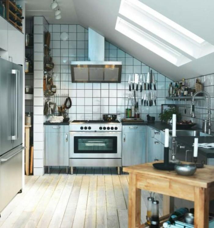 Dachgeschosswohnung kücheneinrichtung mansarde dachschräge deko ideen küche4
