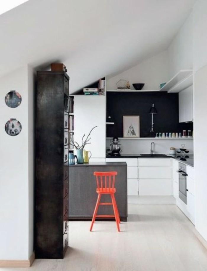 Dachgeschosswohnung kücheneinrichtung dachschräge deko ideen küche43
