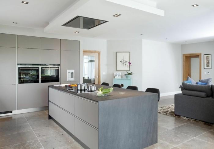 kuchenkauf graue küche bodenfliesen kücheninsel