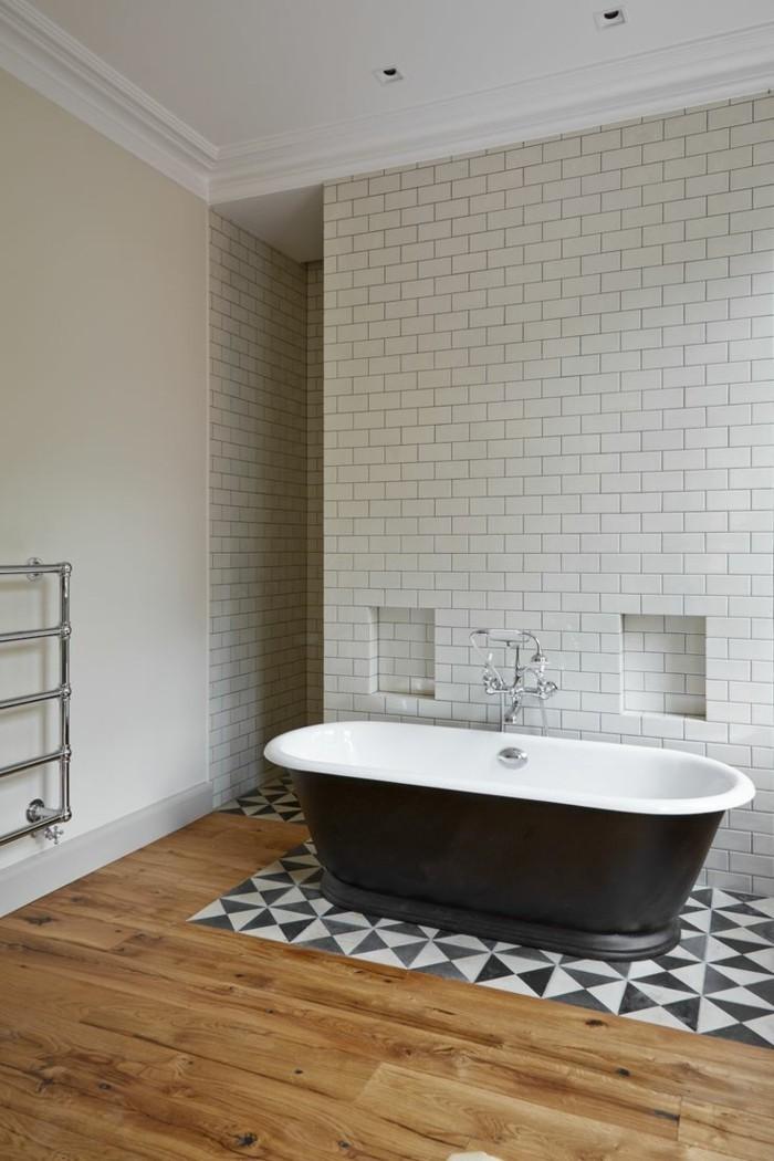 keramikfliesen krakelee technik badezimmer badewanne