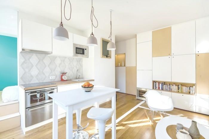 kleine wohnung einrichten einzimmerwohnung helles holz weise kucheneinrichtung