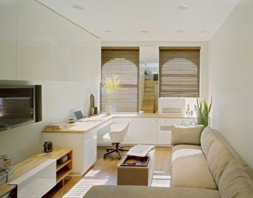 kleine-wohnung-einrichten-wohnzimmer-arbeitsplatz-couchtisch-sofa