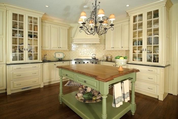 landhausstil küche einrichten grüne kücheninsel beige küchenschränke