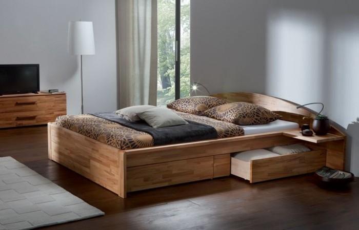 massivholzbett schlafzimmer einrichten ideen schöne bettwäsche