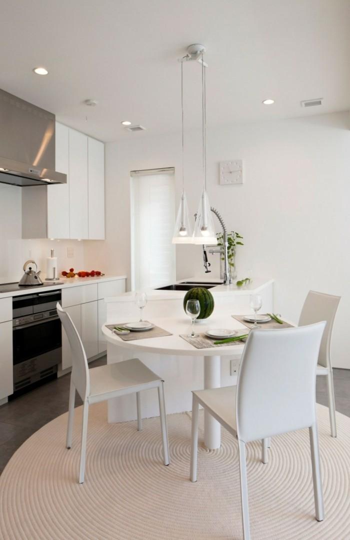 runde teppiche küche einrichten weiße möbel graue bodenfliesen