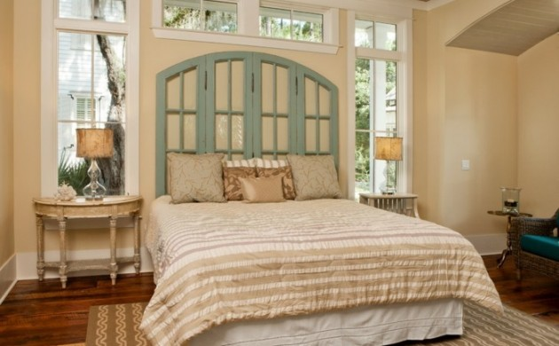 schlafzimmer-gestalten-rustikale-elemente-grunes-bettkopfteil-teppich