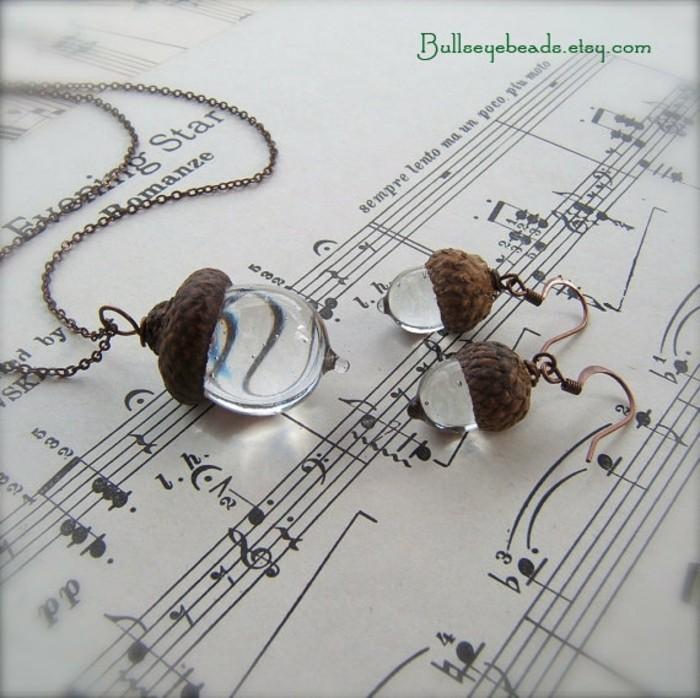 schmuckanhanger glas recycled eiche handmade schmuck halskette ohrringe