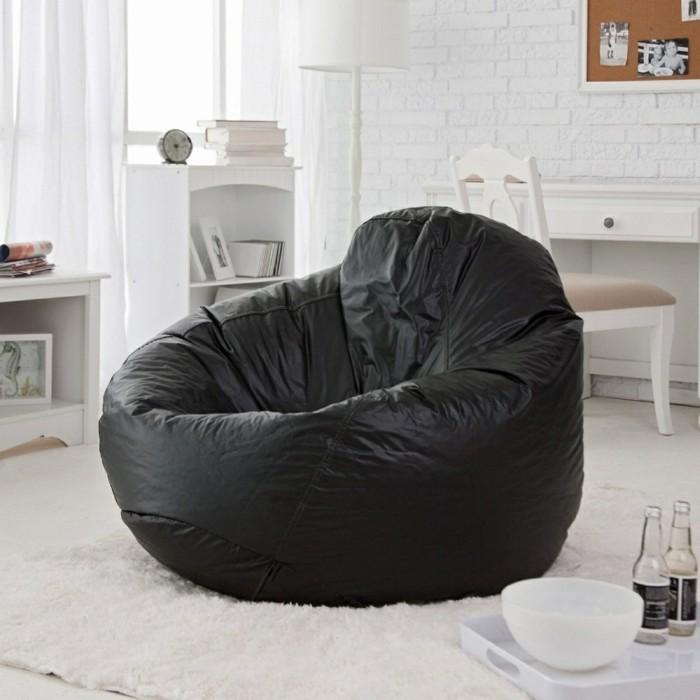 Excellent Sitzsack Schwarz Heller Teppich Wohnideen Wohnzimmer With Sitzsack  Schwarz