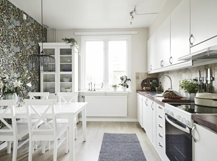 skandinavisch einrichten küchendesign schöne tapete grauer teppichläufer