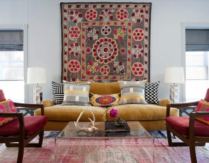 wanddeko ideen teppich farbige wohnzimmermöbel