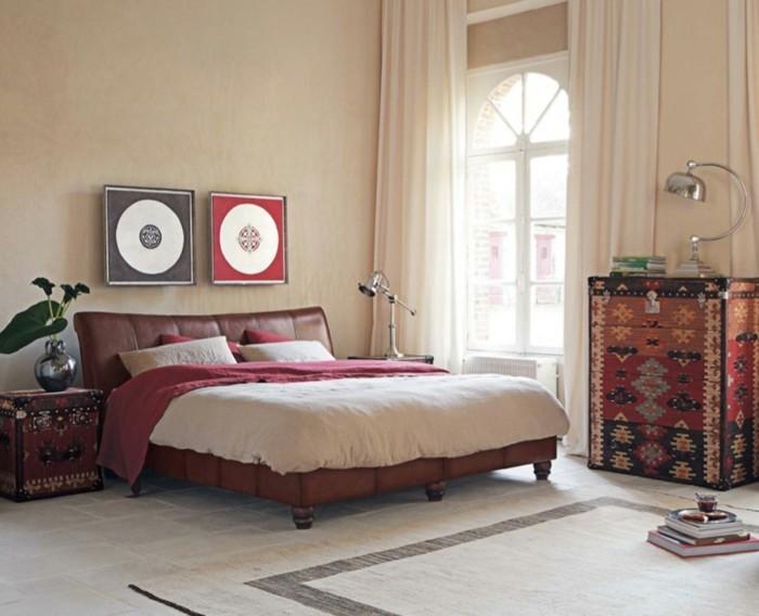 wohneinrichtung ideen schlafzimmer retro stil schöne kommode pflanze